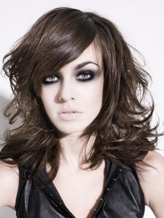 4 los cortes de pelo medio con flequillo - Cortes De Pelo Medio